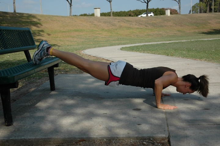 incline-pushup-1310