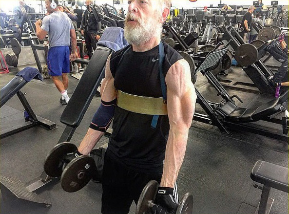 jk-simmons-insane-muscles-for-justice-league-01-1465441684139-crop-1465441704422