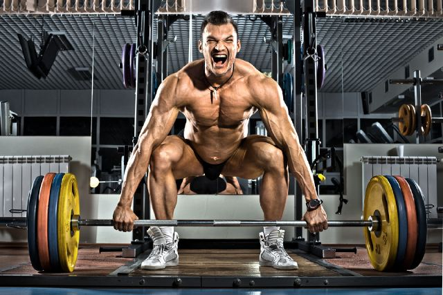 8564665_exercise-you-should-be-doing-snatch-grip_a6560bdd_m-0332