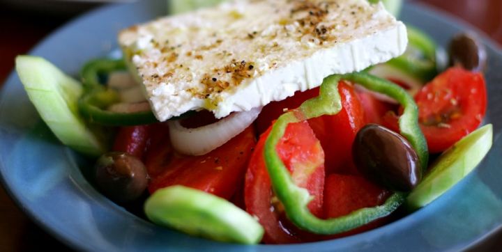1433798916-greek-salad-2004