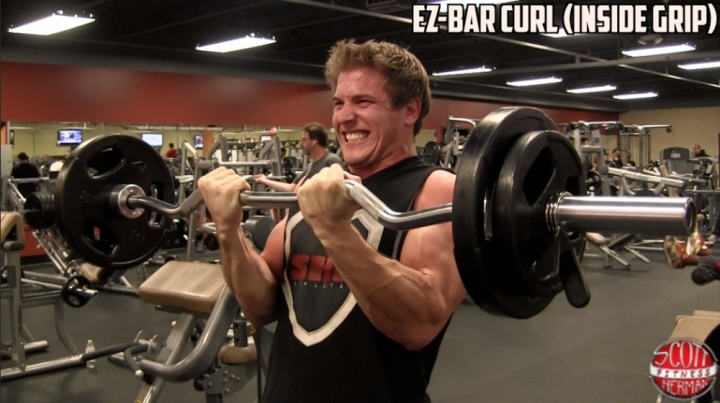 2012-11-6-2-ez-bar-curl-inside-grip-449-0155